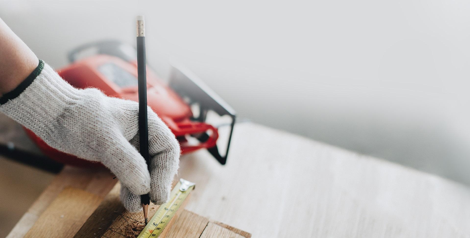 Рука строителя